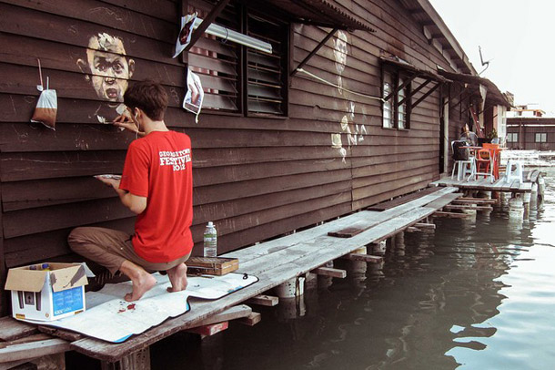 Ernest Zacharevic paints Penang, Chew Jetty